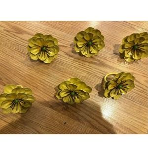 Pier 1 Imports Yellow Flower Napkin rings set of 6